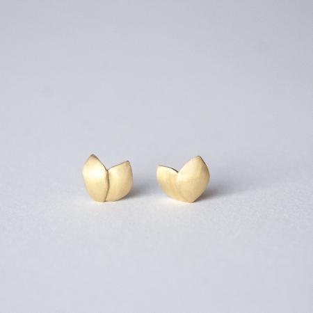 Petal earrings Gold